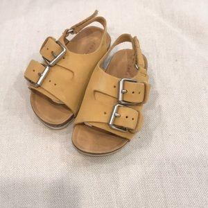 Zara mustard colored sandals sz20